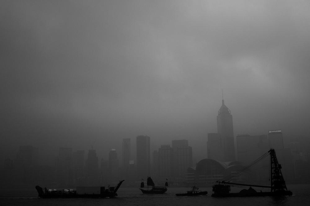 Hong Kong, 05/04/2012. Hong Kong Bay.