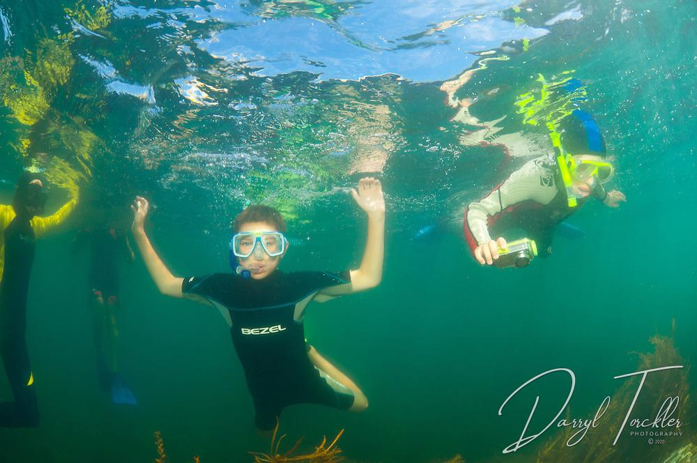 Mahurangi College Year 8 camp Mathesons Bay EMR snorkel.