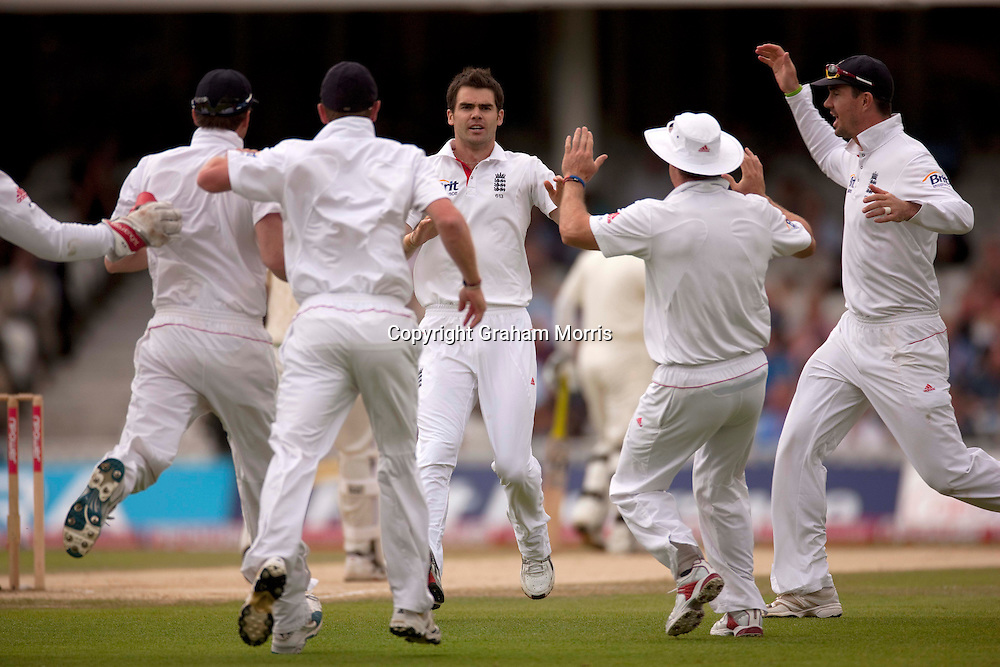 Celebrations after Yasir Hameed is caught off James Anderson (centre) during the third npower Test Match between England and Pakistan at the Oval.  Photo: Graham Morris (Tel: +44(0)20 8969 4192 Email: sales@cricketpix.com) 21/08/10