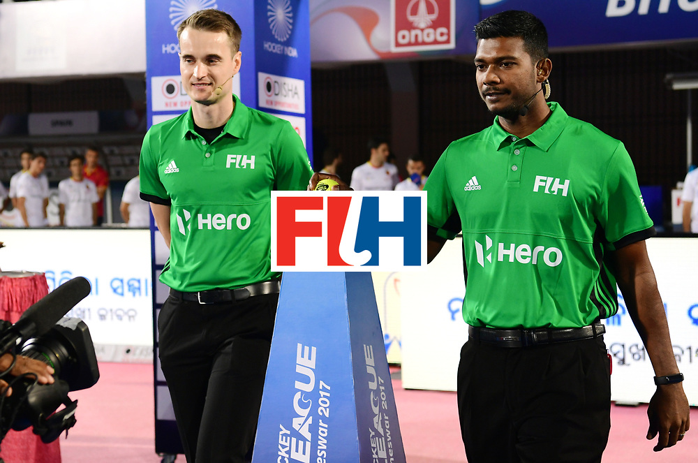 Odisha Men's Hockey World League Final Bhubaneswar 2017<br /> Match id:07<br /> Belgium v Spain<br /> Foto: Umpires Marcin Grochal and Masi Anbananthan<br /> WORLDSPORTPICS COPYRIGHT FRANK UIJLENBROEK