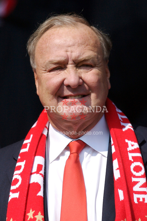 Liverpool, England - Saturday, March 3, 2007: Liverpool's co-owner Tom Hicks before the Premiership match against Arsenal at Anfield. (Pic by David Rawcliffe/Propaganda)