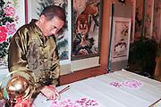 China, Yunnan province, Kunming, Traditional Chinese painter