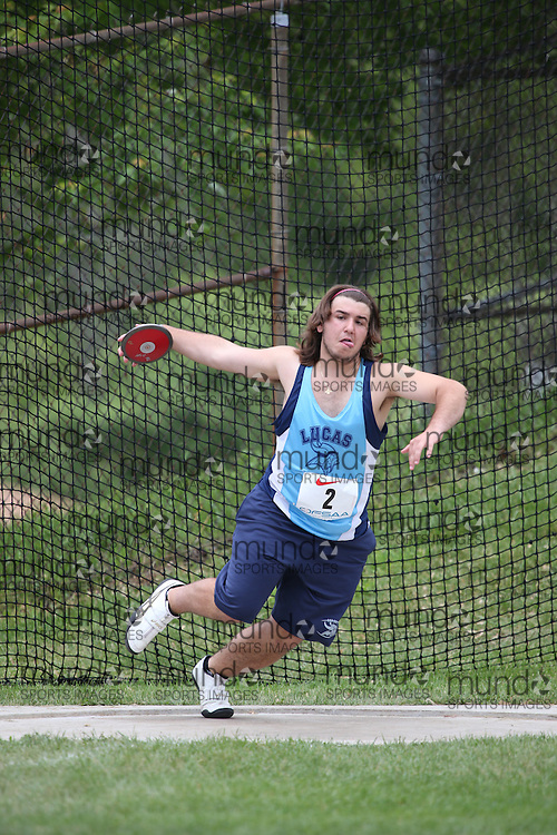 George Vitsentzatos of A. B. Lucas SS - London competes in the midget boys discus at the 2013 OFSAA Track and Field Championship in Oshawa Ontario, Thursday,  June 6, 2013.<br /> Mundo Sport Images / Sean Burges