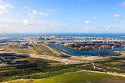 Nederland, Zuid-Holland, Rotterdam, 15-07-2012; zicht op de Eerste Maasvlakte met links de Tweede Maasvlakte. Links het eindpunt van de Betuweroute, rangeerterrein en opstelsporen, op de Maasvlakte ertsoverslag, containerterminal en de poederkoolgestookte elektricitieitscentrale van E.ON (EON)..First Maasvlakte with Second Maasvlakte (left). Left the freight railway Betuweroute, on the Maasvlakte ore transhipment, container terminal and the powdered coal-fired power plant of E. ON (EON)..luchtfoto (toeslag); aerial photo (additional fee required); .foto Siebe Swart / photo Siebe Swart