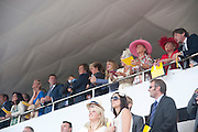 WATCHING FROM THE EARL OF MARCH  BOX, Glorious Goodwood. Sussex. 28 July 2010, -DO NOT ARCHIVE-© Copyright Photograph by Dafydd Jones. 248 Clapham Rd. London SW9 0PZ. Tel 0207 820 0771. www.dafjones.com.