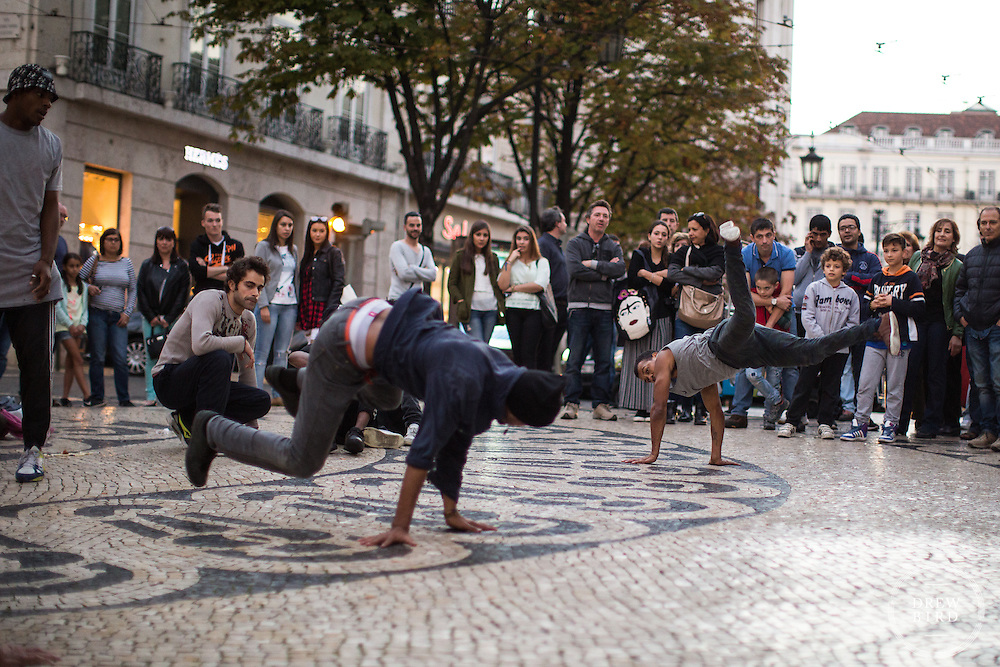 Lisbon, Portugal <br /> Break Dancing.  Street Photographer<br /> San Francisco Photographer | Bay Area Photographer<br /> <br /> Drew Bird Photography<br /> San Francisco Bay Area Photographer<br /> Have Camera. Will Travel. <br /> <br /> www.drewbirdphoto.com<br /> drew@drewbirdphoto.com