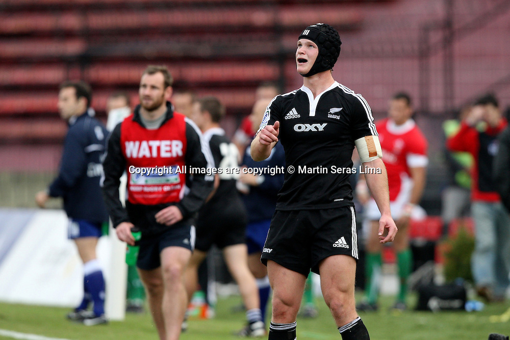 Tyler Bleyendaal - New Zealand 43 v 10 Wales - 13th June 2010 - C A Colon - Santa Fe - Photo : Martin Seras Lima
