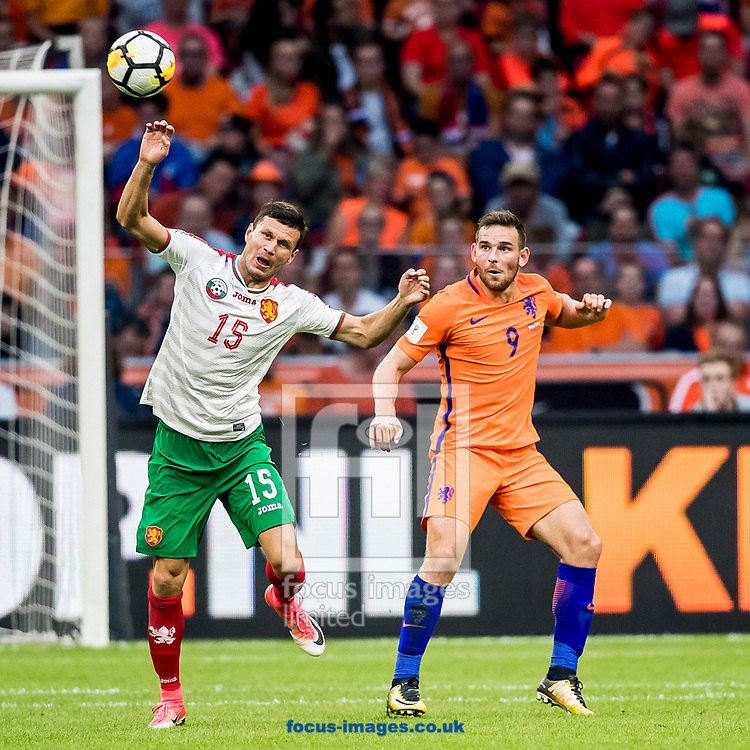 Vincent Janssen of Netherlands (R), Vasil Bozhikov of Bulgaria during the 2018 FIFA World Cup Qualifying match at Amsterdam Arena, Amsterdam<br /> Picture by Joep Joseph Leenen/Focus Images Ltd +316 5261929<br /> 03/09/2017<br /> ***NETHERLANDS OUT***