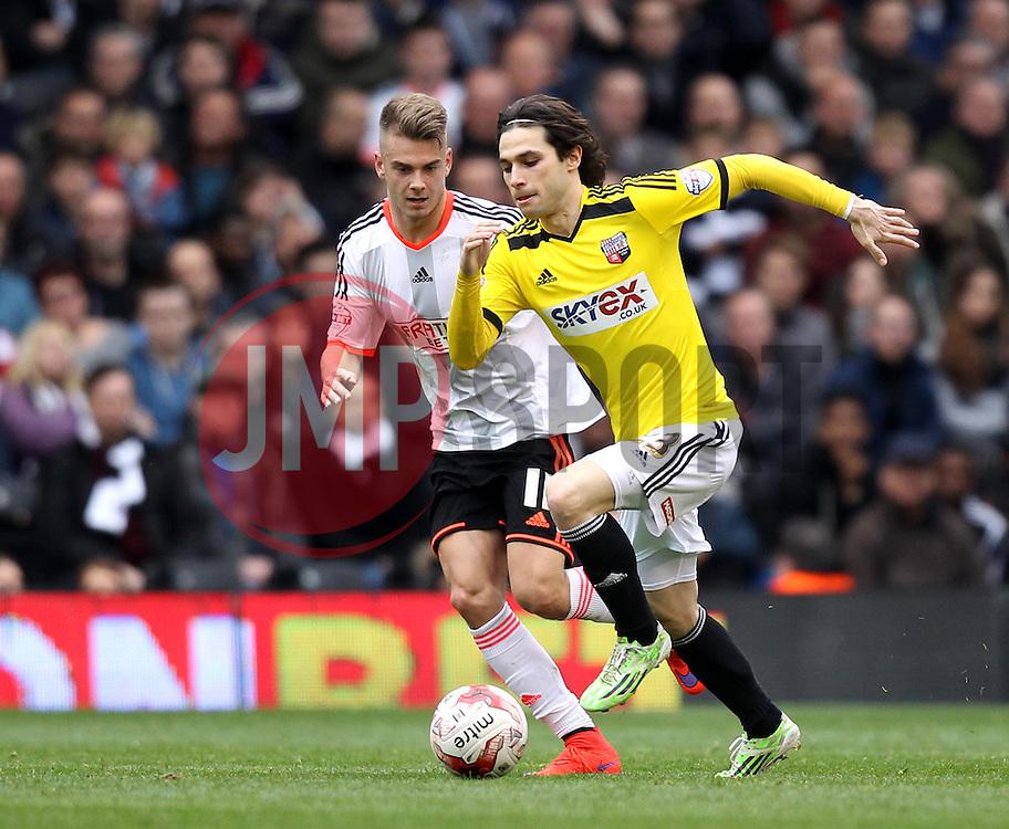 Brentford's Jota takes on Fulham's Alex Kacaniklic - Photo mandatory by-line: Robbie Stephenson/JMP - Mobile: 07966 386802 - 03/04/2015 - SPORT - Football - Fulham - Craven Cottage - Fulham v Brentford - Sky Bet Championship