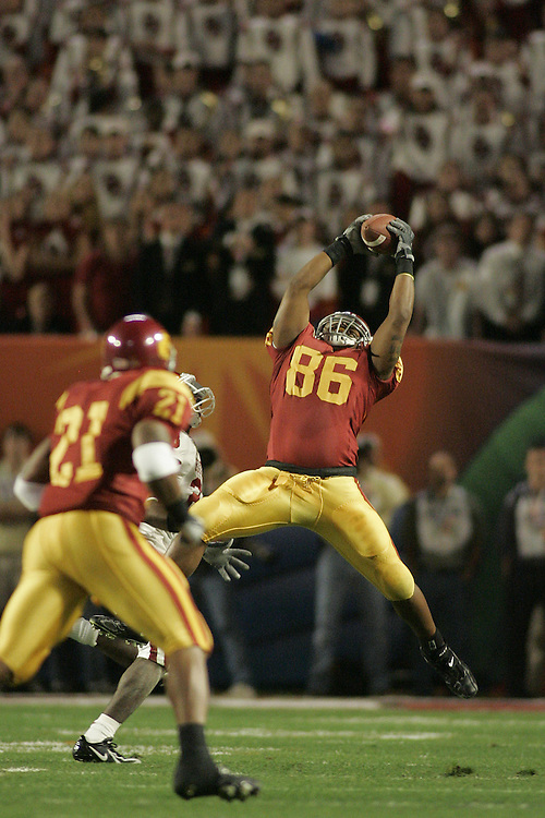 University of Southern California tight end Dominique Byrd makes a leaping catch during USC's 55-19 victory over Oklahoma on January 4, 2005 in the FedEx Orange Bowl at Pro Player Stadium in Miami, Florida.