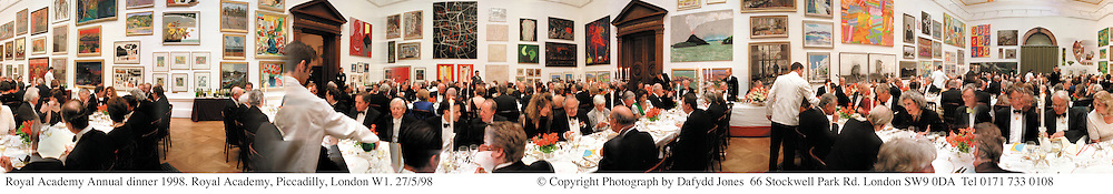 Royal Academy Annual dinner 1998. Royal Academy, Piccadilly, London W1. 27/5/98<br /> © Copyright Photograph by Dafydd Jones<br /> 66 Stockwell Park Rd. London SW9 0DA<br /> Tel 0171 733 0108