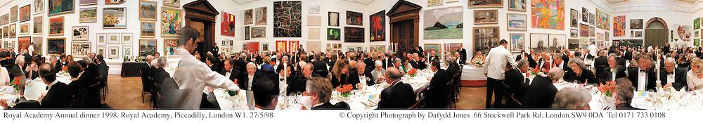 Royal Academy Annual dinner 1998. Royal Academy, Piccadilly, London W1. 27/5/98<br /> © Copyright Photograph by Dafydd Jones<br /> 66 Stockwell Park Rd. London SW9 0DA<br /> Tel 0171 733 0108