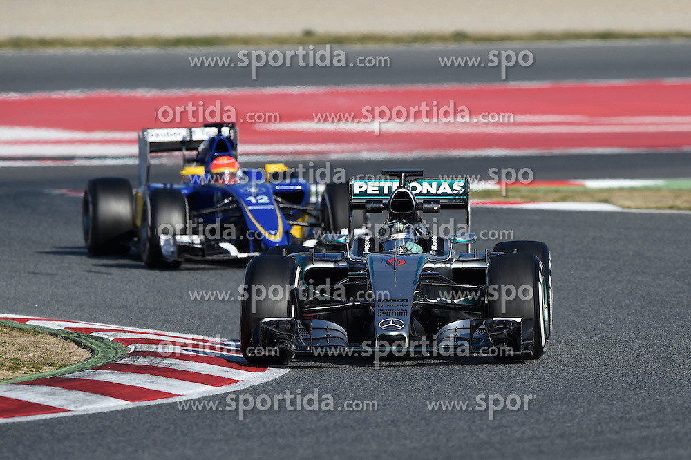 27.02.2015, Circuit de Catalunya, Barcelona, ESP, FIA, Formel 1, Testfahrten, Barcelona, Tag 2, im Bild Nico Rosberg (GER) Mercedes AMG F1 W06 // during the Formula One Testdrives, day two at the Circuit de Catalunya in Barcelona, Spain on 2015/02/27. EXPA Pictures &copy; 2015, PhotoCredit: EXPA/ Sutton Images/ Mark Images<br /> <br /> *****ATTENTION - for AUT, SLO, CRO, SRB, BIH, MAZ only*****