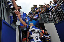 Peter Stringer of Bath Rugby leaves the field having just played his final home match for Bath Rugby - Photo mandatory by-line: Patrick Khachfe/JMP - Mobile: 07966 386802 23/05/2015 - SPORT - RUGBY UNION - Bath - The Recreation Ground - Bath Rugby v Leicester Tigers - Aviva Premiership Semi-Final