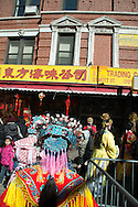 New York . Chinese New Year parade in Chinatown. Parade du nouvel an chinois dans les rues de chinatown