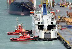 Wellington-Interisland ferry Arahura breaks down on docking