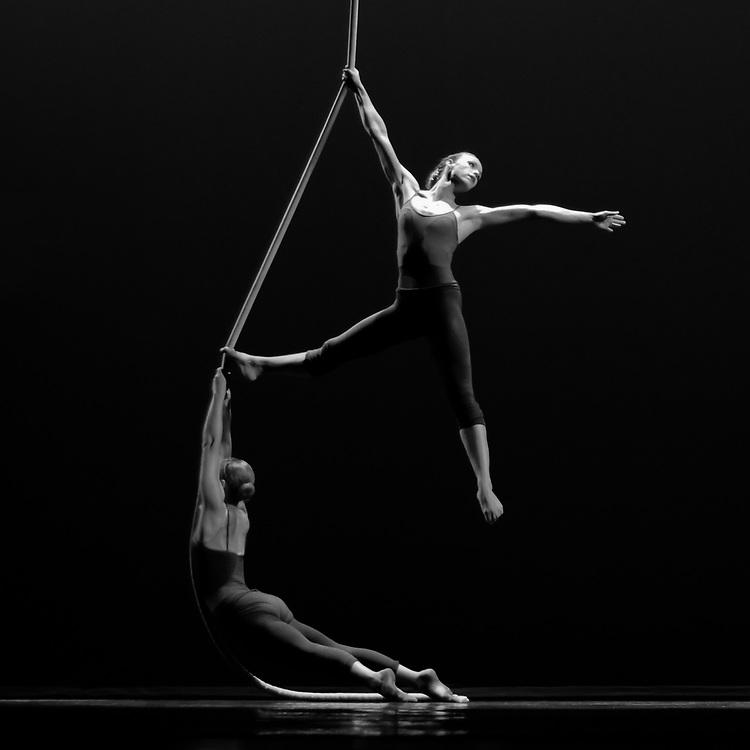 *Lobero Aerial Dance* | Choreographer & Director: Ninette Paloma | Dancers: Santa Barbara Centre for Aerial Dance