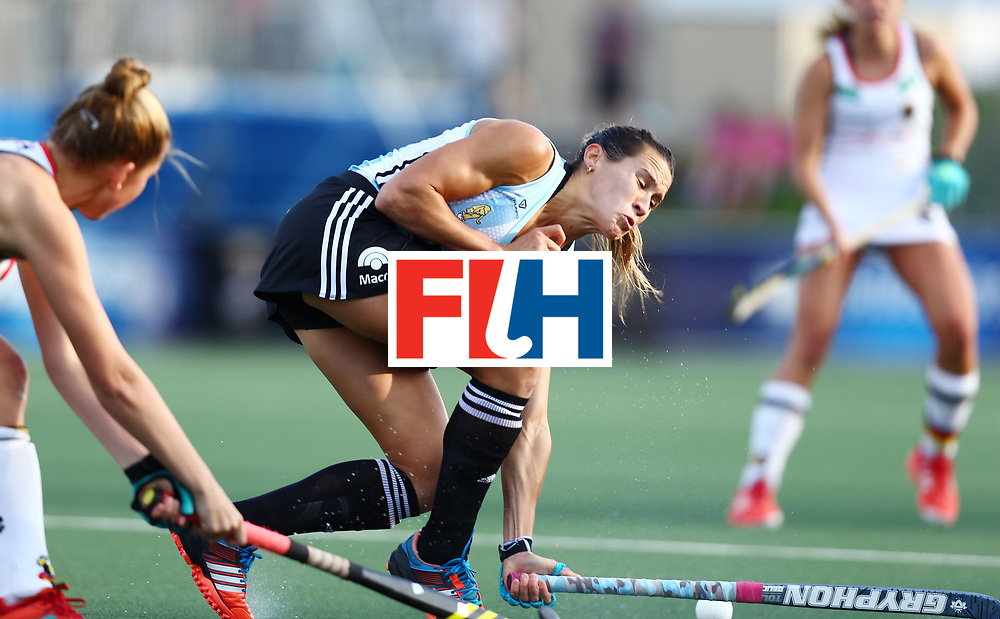 New Zealand, Auckland - 24/11/17  <br /> Sentinel Homes Women&rsquo;s Hockey World League Final<br /> Harbour Hockey Stadium<br /> Copyrigth: Worldsportpics, Rodrigo Jaramillo<br /> Match ID: 10307 - ARG-GER<br /> Photo: (7) CAVALLERO Martina defending