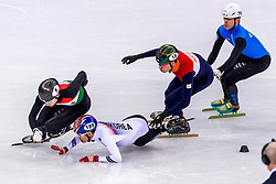 22-02-2018 KOR: Olympic Games day 13, PyeongChang<br /> Short Track Speedskating / Hyojun Lim of Korea, Dylan Hoogerwerf of the Netherlands