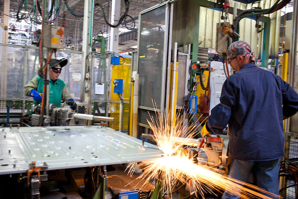 Volvo Trucks USA - May 2, 2013 - In Central Virginia a 1.6-million-square-foot facility, called the New River Valley Plant, located in Dublin, Virginia, is the largest Volvo truck manufacturing facility in the world. Some 2,100 employees produce over 100 unique trucks a day on average. <br />