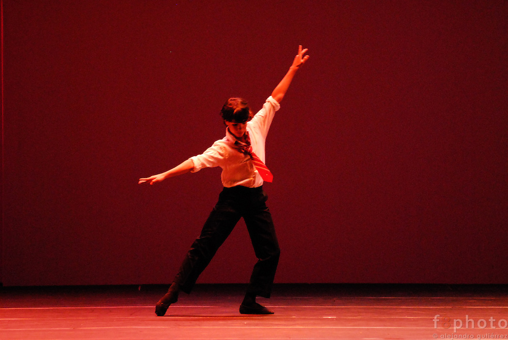 The dancer Esteban Hernández during a performance in the First Dance Festival Ibérica Contemporánea, Querétaro, México, 2007