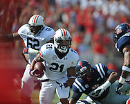 Ole Miss vs. Auburn running back Tre Mason (21) at Vaught-Hemingway Stadium in Oxford, Miss. on Saturday, October 13, 2012. (AP Photo/Oxford Eagle, Bruce Newman)..
