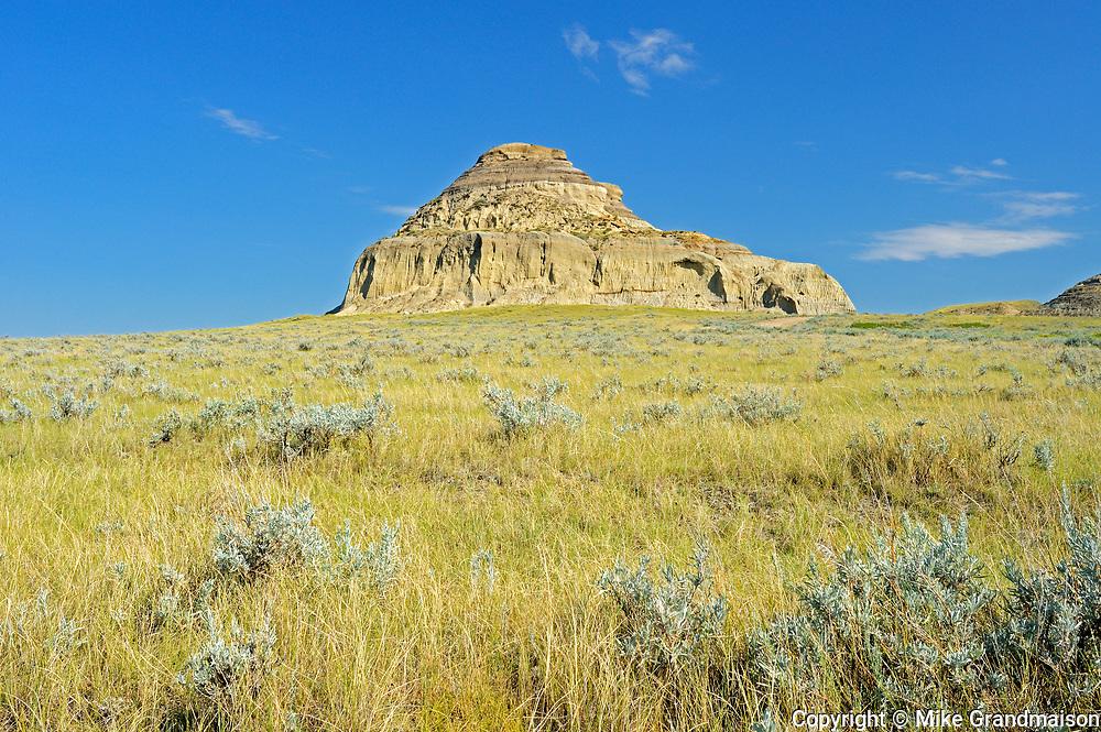 Castle Butte in the Big Muddy Badlands, Big Muddy Badlands, Saskatchewan, Canada