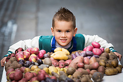 Repro Free: <br /> Jayden Whelan (age 6) from Swords is pictured as Bord Bia, in conjunction with the Irish Potato Federation and the Irish Farmer&rsquo;s Association, welcome the return of National Potato Day this Friday, 3rd October. Much-loved by Irish families for generations, National Potato Day celebrates a reliable favourite that not only tastes delicious and is incredibly versatile, but also provides a naturally healthy option for meal times.<br /> For exciting and inspiring potato recipes, a chance to enter some great competitions and a list of National Potato Day events visit www.potato.ie. Picture Andres Poveda