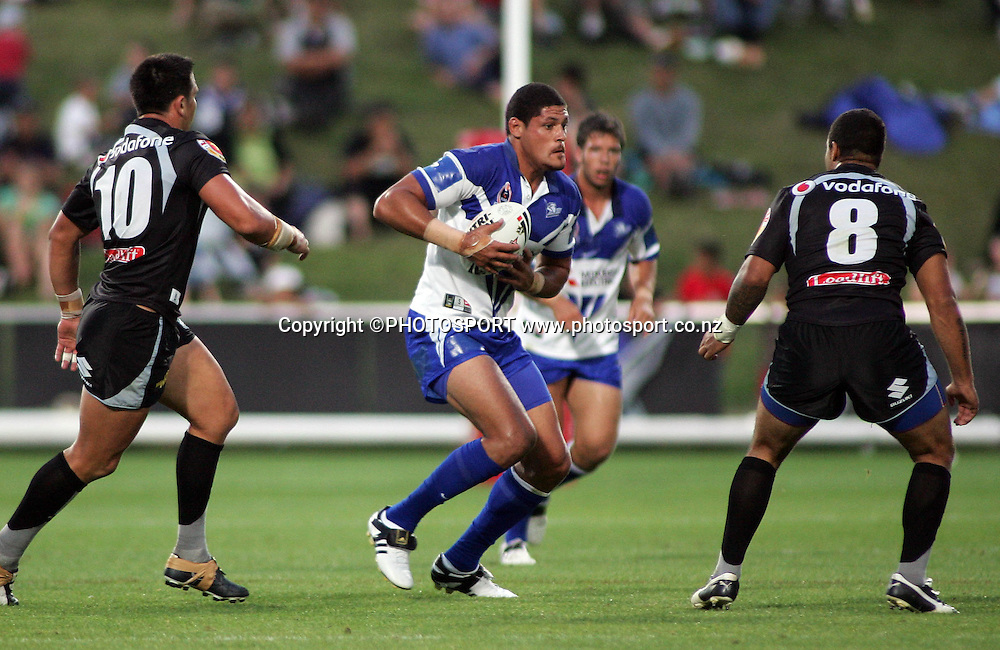 Bulldogs prop Willie Mason in action during the preseason NRL match between the Vodafone Warriors and Bulldogs held at Albany Stadium, Auckland, on Saturday 3 March 2007. Photo: Renee McKay/PHOTOSPORT