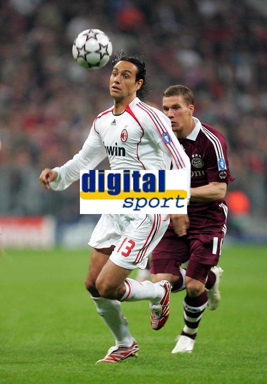 ALESSANDRO NESTA. (AC MILAN ). FC BAYERN MUNCHEN v AC MILAN. AT FUSSBALL ARENA MUNCHEN.MUNICH. QUARTER-FINAL 2ND LEG . 11/04/2007. CREDIT COLORSPORT / KIERAN GALVIN
