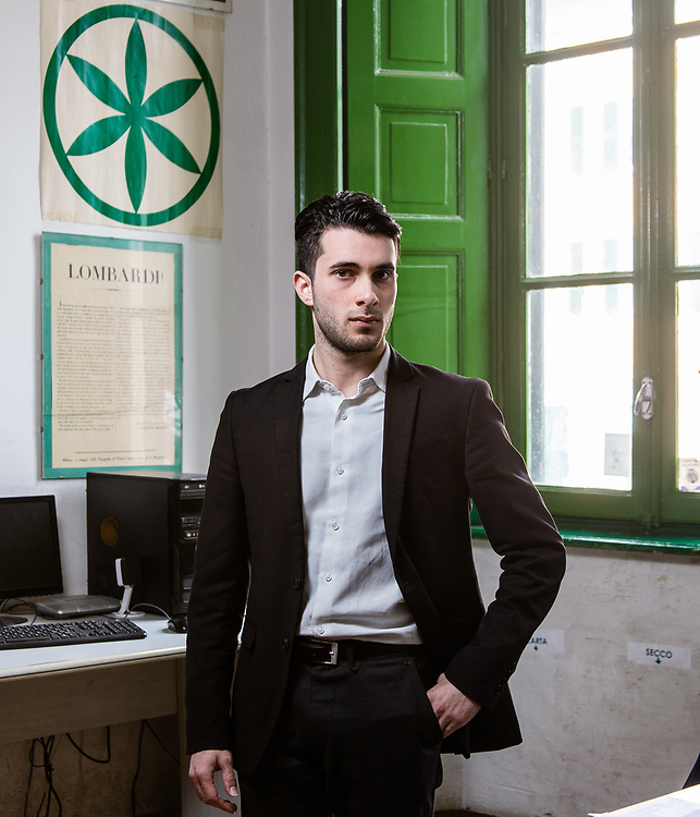 Alessandro Porrini, 22 anni, segretario cittadino e consigliere comunale della Lega a Brebbia. Diplomato alberghiero. Sede Lega Nord di Varese. | Alessandro Porrini, 22 years old, city secretary and councilman of Lega Nord in Brebbia. Alessandro is graduated in Hotel and Catering School. Lega Nord party headquarters in Varese.