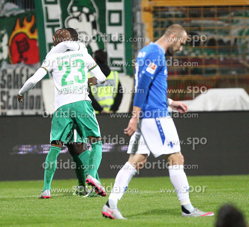 22.09.2015, Merck Stadion am Boellenfalltor, Darmstadt, GER, 1. FBL, SV Darmstadt 98 vs SV Werder Bremen, 6. Runde, im Bild Anthony Ujah (SV Werder Bremen) und Theodor Gebre Selassie (SV Werder Bremen) bejubeln den treffer zum 0-1 // during the German Bundesliga 6th round match between SV Darmstadt 98 and SV Werder Bremen at the Merck Stadion am Boellenfalltor in Darmstadt, Germany on 2015/09/22. EXPA Pictures &copy; 2015, PhotoCredit: EXPA/ Eibner-Pressefoto/ Bermel<br /> <br /> *****ATTENTION - OUT of GER*****