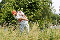 25.06.2015, Golfclub München Eichenried, Muenchen, GER, BMW International Golf Open, im Bild Anton Kirstein (GER) schlaegt aus dem Rough, BMW International Open 2015, Tag 1, Golf, 25.06.2015<br />, Foto: Eibner // during the BMW International Golf Open at the Golfclub München Eichenried in Muenchen, Germany on 2015/06/25. EXPA Pictures © 2015, PhotoCredit: EXPA/ Eibner-Pressefoto/ Kolbert<br /> <br /> *****ATTENTION - OUT of GER*****