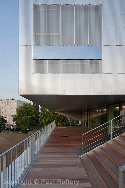 Social Centre, Arbrisseau, Lille. 2011....