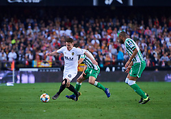 February 28, 2019 - Valencia, U.S. - VALENCIA, SPAIN - FEBRUARY 28: Kevin Gameiro forward of Valencia CF with the ball during the Copa del Rey match between Valencia CF and Real Betis Balompie at Mestalla stadium on February 28, 2019 in Valencia, Spain. (Photo by Carlos Sanchez Martinez/Icon Sportswire) (Credit Image: © Carlos Sanchez Martinez/Icon SMI via ZUMA Press)