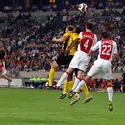 NLD/Amsterdam/20060928 - Voetbal, Uefa Cup voorronde 2006, Ajax - IK Start, kopduel met thomas Vermaelen en Zdenek Grygera