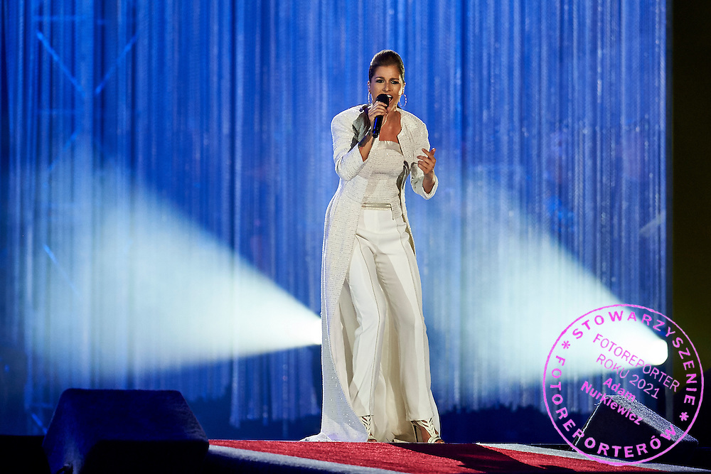 "Cassadee Pope, the 2012 winner of the singing competition ""The Voice"", sings the song ""Invincable"" during opening ceremony of the Special Olympics World Games Los Angeles 2015 at the Los Angeles Coliseum Stadium on July 25, 2015 in Los Angeles, USA.<br /> USA, Los Angeles, July 25, 2015<br /> <br /> Picture also available in RAW (NEF) or TIFF format on special request.<br /> <br /> For editorial use only. Any commercial or promotional use requires permission.<br /> <br /> Adam Nurkiewicz declares that he has no rights to the image of people at the photographs of his authorship.<br /> <br /> Mandatory credit:<br /> Photo by © Adam Nurkiewicz / Mediasport"