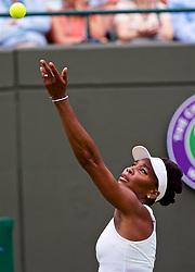 LONDON, ENGLAND - Wednesday, July 4, 2018: Venus Williams (USA) on day three of the Wimbledon Lawn Tennis Championships at the All England Lawn Tennis and Croquet Club. (Pic by Kirsten Holst/Propaganda)