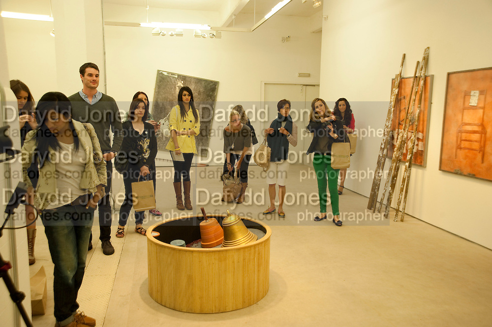 HALES GALLERY, Design Your Own Timberland breakfast and Autumn/ Winter 2011 preview. Timberland. 1 Fournier St. London. Followed by an art tour by Julia Royce. 8 June 2011. <br /> <br />  , -DO NOT ARCHIVE-© Copyright Photograph by Dafydd Jones. 248 Clapham Rd. London SW9 0PZ. Tel 0207 820 0771. www.dafjones.com.
