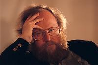 15 DEC 1995, BERLIN/GERMANY:<br /> Wolfgang Thierse, SPD, Mitglied im SPD Bundesvorstand, waehrend dem SPD Landesparteitag Berlin<br /> IMAGE: 19951215-01/05-23