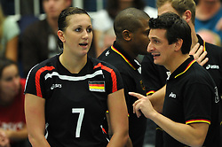 09.10.2010, Halle Berg Fidel, Muenster, GER, Vorbereitung Volleyball WM Frauen 2010, Laenderspiel Deutschland ( GER ) vs. Tuerkei ( TUR ), im Bild Patricia Grohmann (#7 GER) - Giovanni Guidetti (Headcoach GER). EXPA Pictures © 2010, PhotoCredit: EXPA/ nph/   Conny Kurth+++++ ATTENTION - OUT OF GER +++++