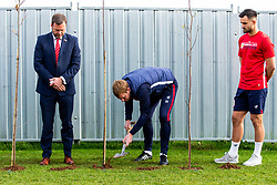 Dean Holden in action as Representatives of Bristol City take part in a ceremony to plant tree's in memory of the 7 Bristol City player's who lost their lives serving during WW1 - Rogan/JMP - 09/11/2018 - FOOTBALL - Failand Training Ground - Bristol, England.