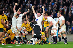England players celebrate as Ben Morgan crosses for his second try - Photo mandatory by-line: Patrick Khachfe/JMP - Mobile: 07966 386802 29/11/2014 - SPORT - RUGBY UNION - London - Twickenham Stadium - England v Australia - QBE Internationals