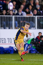 Billy Searle of Bristol Rugby misses a penalty goal attempt - Rogan Thomson/JMP - 20/10/2016 - RUGBY UNION - The Recreation Ground - Bath, England - Bath Rugby v Bristol Rugby - EPCR Challenge Cup.