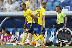 (L-R) Isaac Kiese Thelin of Sweden, Ola Toivonen of Sweden during the 2018 FIFA World Cup Russia group F match between Sweden and Korea Republic at the Novgorod stadium on June 18, 2018 in Nizhny Novgorod, Russia