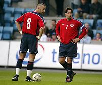 Fotball, 28. april 2004, Privatlandskamp, Norge-Russland 3-2, Martin Andresen, Norge, og Magne Hoset, Norge