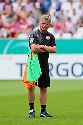 09.08.2015, Stadion Essen, Essen, GER, DFB Pokal, Rot Weiss Essen vs Fortuna Duesseldorf, 1. Runde, im Bild Co-Trainer Peter Hamann (Duesselsdorf) // during German DFB Pokal first round match between Rot Weiss Essen and Fortuna Duesseldorf at the Stadion Essen in Essen, Germany on 2015/08/09. EXPA Pictures © 2015, PhotoCredit: EXPA/ Eibner-Pressefoto/ Hommes<br /> <br /> *****ATTENTION - OUT of GER*****