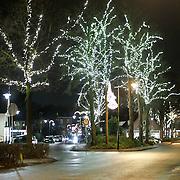 NLD/Laren/20110103 - Laren bij nacht, sfeerverlichting
