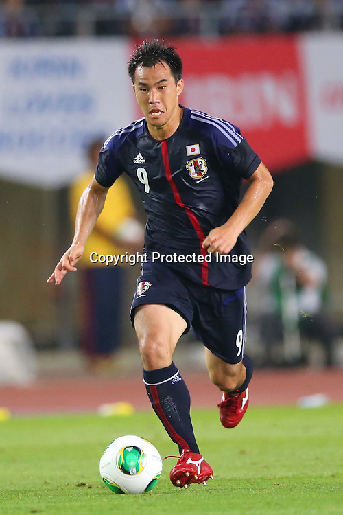 Shinji Okazaki (JPN), AUGUST 14, 2013 - Football / Soccer : <br /> KIRIN Challenge Cup 2013 match <br /> between Japan 2-4 Uruguay <br /> at Miyagi Stadium, Miyagi, Japan.<br />  (Photo by AFLO SPORT)