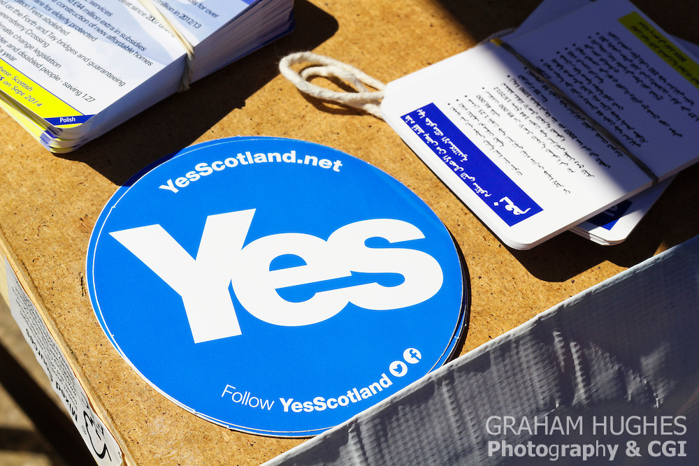 Yes Scotland Sticker On Yes Scotland Table In Portobello High Street, Edinburgh, Scotland